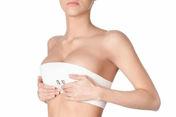 resultat naturel protheses docteur frederic picard chirurgien esthetique paris levallois perret specialiste protheses mammaire